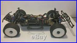 Losi Racing SCTE 4WD, Castle Brushless ESC Hobbywing Motor Savox Servo